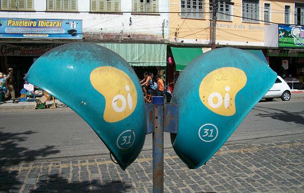 Ligações gratuitas de orelhões estão disponíveis na Bahia e mais 11 estados