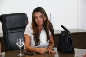 Promotora Anita Bethânia Silva Rocha