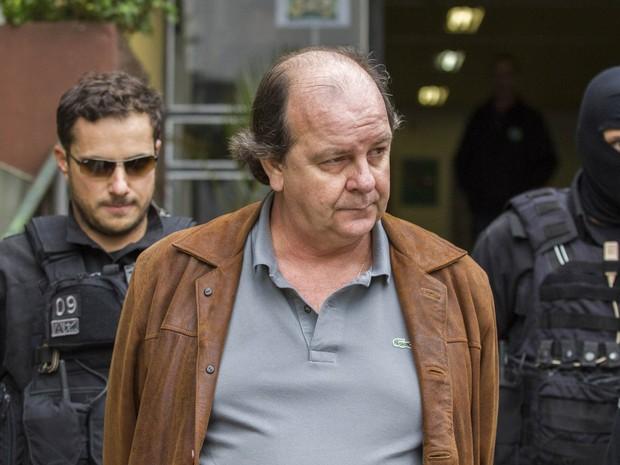 Delatores apontam mais 5 contas que Cunha teria no exterior,diz jornal