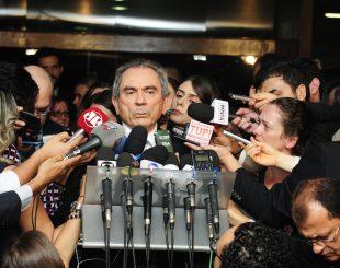 Presidente da Comissão Especial do Impeachment, senador Raimundo Lira (PMDB-PB) concede entrevista.Presidente da Comissão Especial do Impeachment, senador Raimundo Lira (PMDB-PB)