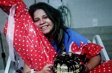 Marília Mendonça é internada com suspeita de pneumonia