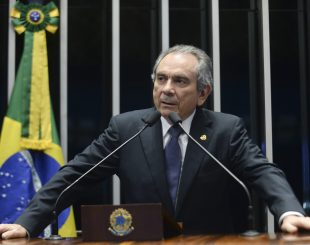 Plenário do Senado durante sessão deliberativa ordinária.Em discurso, senador Raimundo Lira (PMDB-PB).Foto: Jefferson Rudy/Agência Senado