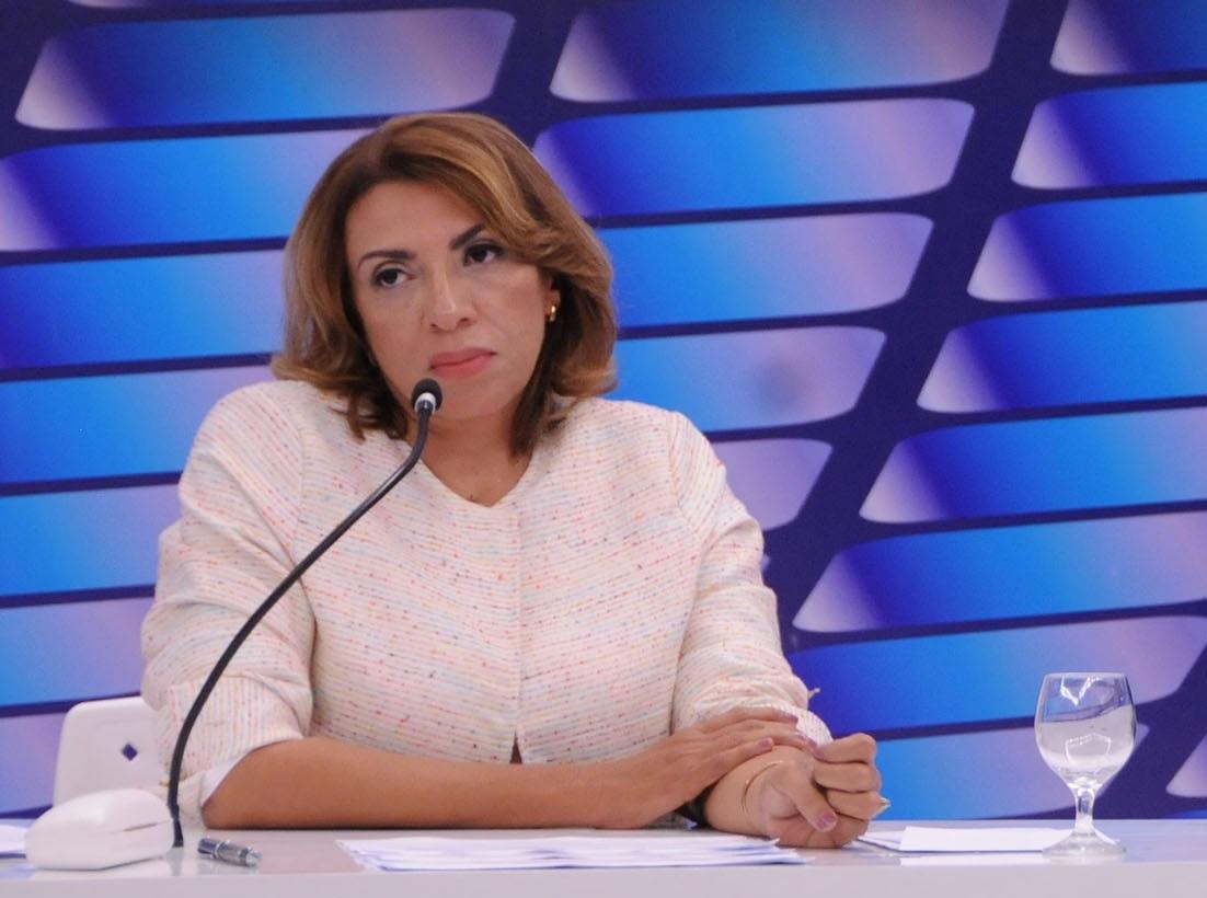 Justiça vê irregularidades em guia eleitoral de Cida e determina mudanças
