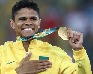 Douglas Santos conquistou medalha de ouro nas Olimpíadas do Rio