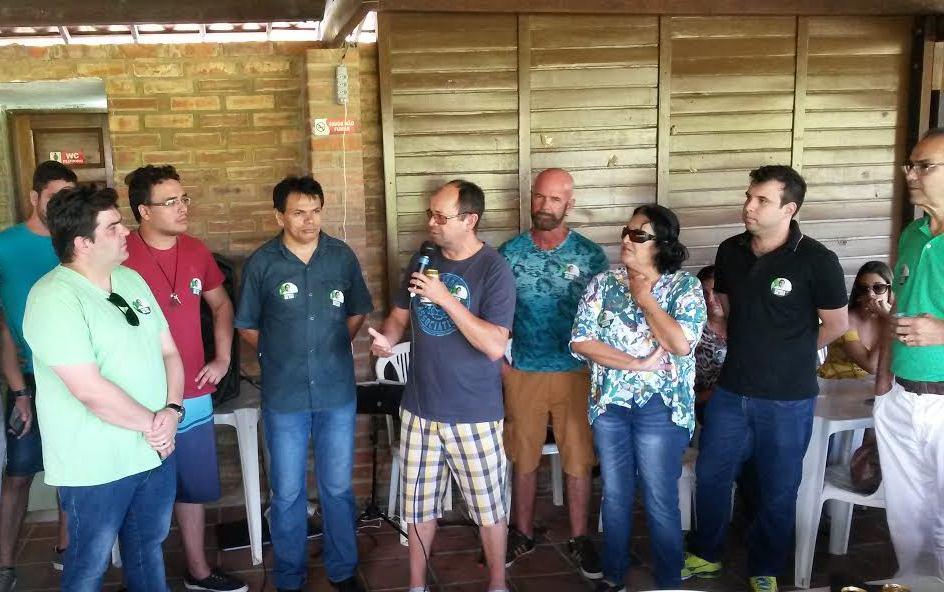 Professores anunciam apoio a Eduardo Carneiro durante evento em João Pessoa