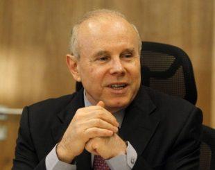 O ex-ministro da Fazenda Guido Mantega - Givaldo Barbosa / Agência O Globo / 8-9-2014