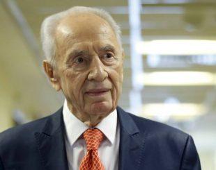 O ex-presidente israelense Shimon Peres foi internado duas vezes em janeiro deste ano - BAZ RATNER / REUTERS