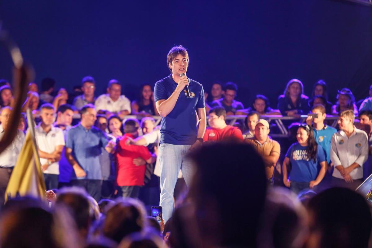 Pedro participa de atividades de campanha em JP e São Francisco