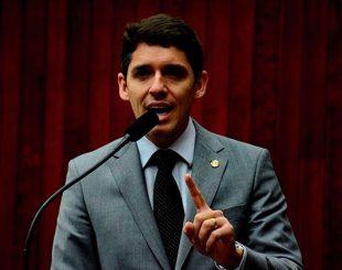 Deputado Tovar Correia Lima