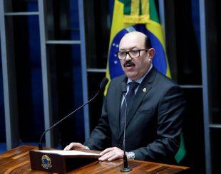 Senador Deca, do PSDB