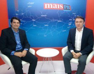 Vereador mais votado, Leo Bezerra foi entrevistado por Heron Cid (imagem: reprodução MaisTV)