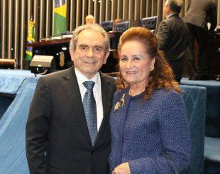 Senador Raimundo Lira com a esposa Gitana Lira