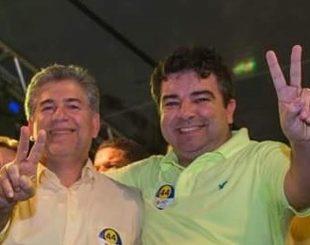 Prefeito reeleito Leto Viana e o deputado Artur Filho