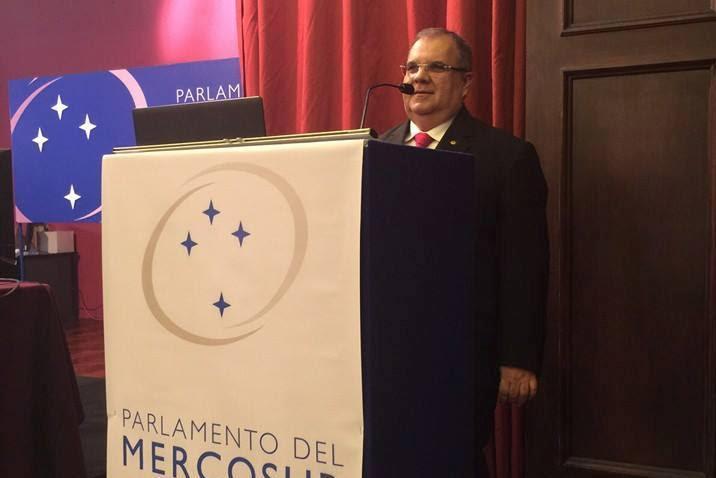 José Serra confirma suspensão da Venezuela do bloco econômico Mercosul