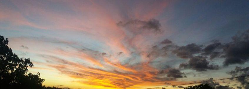 Pôr do sol na Ilha do Bispo, em João Pessoa