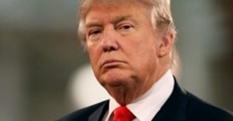 Trump diz que não vai permitir que transgêneros prestem serviço militar