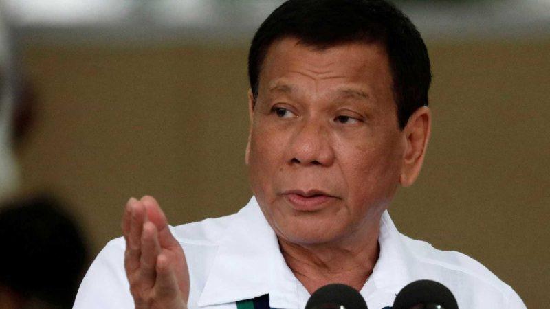 Presidente filipino ameaça ONU e diz que matou homem a facadas