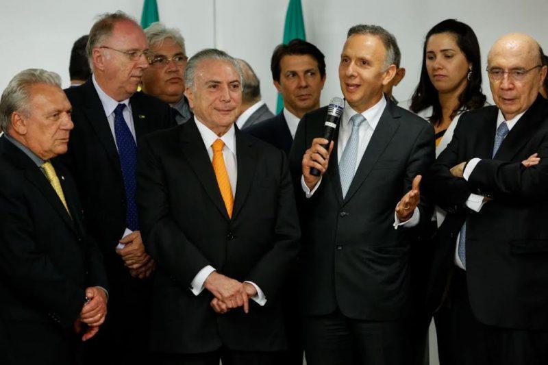 Prefeitos da Paraíba discutem crise financeira com Michel Temer