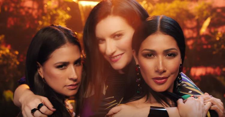Laura Pausini lança clipe da música 'Novo' com Simone e Simaria