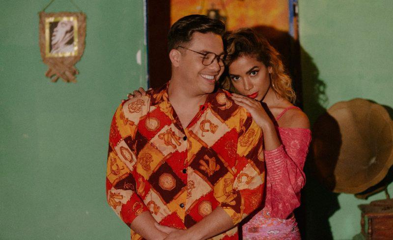 Wesley Safadão e Anitta lançam clipe de