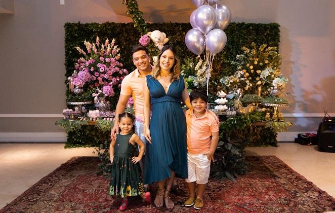 Wesley Safadão revela sexo do segundo filho com Thyane Dantas